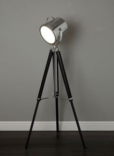 Cody Camera floor lamp