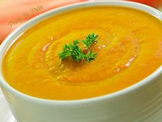 Autumn Carrot Ginger Soup #PrettyInPaleo