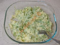 Patates Tarator Salad Menu, Salad Dishes, Easy Salad Recipes, Easy Salads, Crab Stuffed Avocado, Cottage Cheese Salad, Turkish Recipes, Ethnic Recipes, Lime Chicken