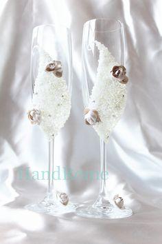 Economico  Affascinante e di lusso da sposa champagne occhiali con un bellissimo fiore bianco handmade  , Acquisti di Qualità   direttamente da Fornitori  Affascinante e di lusso da sposa champagne occhiali con un bellissimo fiore bianco handmade   Cinesi.