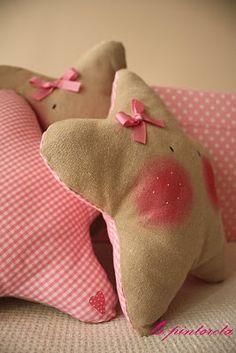 Sweet Star Pillows ❥Teresa Restegui http://www.pinterest.com/teretegui/ ❥