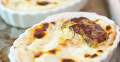 Crostatine con crema di gorgonzola e pere