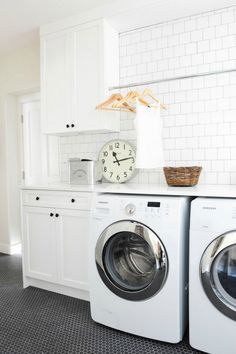 A small laundry room can be a challenge to keep laundry room cabinets functional, yet since this laundry room organization space is constantly in use, we have some inspiring design laundry room ideas. White Laundry Rooms, Laundry Room Wall Decor, Laundry Room Cabinets, Laundry Room Signs, Laundry Room Organization, Small Laundry, Laundry Closet, Laundry Baskets, Wall Cabinets