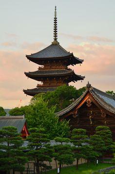 Toji Temple, Kyoto, Japan by ミント on PHOTOHITO