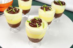 Copinhos de chocolate com limão e maracujá