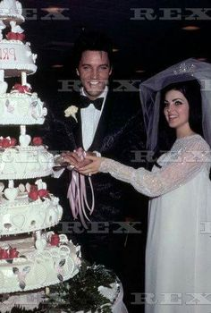 Handsome Robert Sean Leonard Elvis And Priscilla Presley Graceland Celebrity S Rock