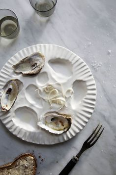 Porcelain Oyster Plate: SIN ceramics - Handmade in Brooklyn – SIN Caviar, Food Photography Props, Raw Bars, Oyster Shells, Prop Styling, Teller, Plaque, Ceramic Pottery, Just In Case
