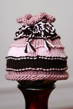 Ravelry: Simple Stripes Baby Hat pattern by Danielle Norris