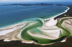 Cala de la Platja de Whitehaven, a l'illa de Whitsunday, en plena barrera coralina, Austràlia