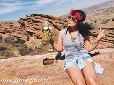 •red rocks• flowers and wind in my hair. Not a worry in the world. #takemetoafestival