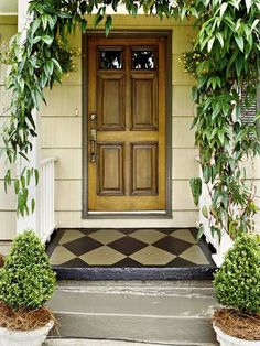 front door decorations entrance | Front door: Freshen Your Entry - MyHomeIdeas.com
