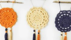 FREE CROCHET PATTERN -THE VINTAGE WALL HANGING - Crochet Pretty Crochet Wall Art, Crochet Wall Hangings, Crochet Home, Easy Crochet, Free Crochet, Crochet Circles, Crochet Mandala, Tapestry Crochet, Crochet Projects To Sell
