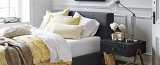 Your First Apartment Checklist - The Effective Pictures We Offer You About first apartment gift A quality picture c First Apartment Gift, First Apartment Checklist, Studio Apartment Decorating, Apartment Ideas, Small Apartment Design, Condo Design, Interior Design, Bedroom Furniture, Home Furniture