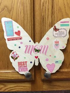 We have another special #MothersDay #ButterflyDrop today in #Modesto CA! Watch for clues in the comments below, find the #butterfly and win $250.00 to the #charity of your choice! Happy hunting, #ButterflyTribe #butterflyeffect #bethechange