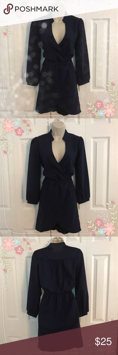 NWOT Tobi Deep V Neck Navy Dress NWOT, never worn. In great condition, size Small, can fit a medium. Navy Blue color. Smoke free pet free home! 🚫❌ Trades Tobi Dresses Long Sleeve