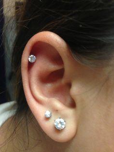 POST Pierced Cartilage Helix Hoop Hex piercing Conch Earring Body Jewelry Upper Ear Conch Tragus Piercing Gold Line Design - Custom Jewelry Ideas Cartilage Piercing Stud, Ear Peircings, Double Cartilage Piercing, Cute Ear Piercings, Cartilage Earrings, Stud Earrings, Second Lobe Piercing, Flat Piercing, Piercings Rook