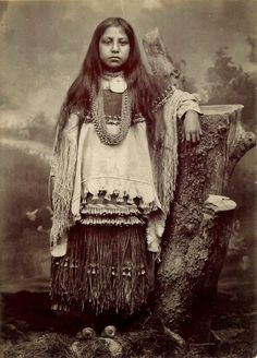 """The sister to a great Apache chief, Lozen fought alongside Geronimo and was known as a """"shield to her people"""" and the most famous of the Apache Warrior Women. Description from pinterest.com. I searched for this on bing.com/images"""