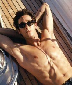 Adrien Brody, l'homme qui va vous donner envie d'aller au cinéma cette semaine