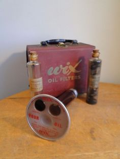 Vintage Wix Oil Filters Salesman's Test ? Case 2 Bottles & Flashlight Tool…