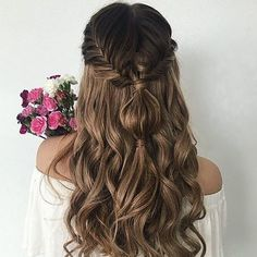 Prom and Pageant Hair Inspiration. Find more beautiful hairstyles with Pageant Planet. Prom Hairstyles For Long Hair, Trendy Hairstyles, Braided Hairstyles, Wedding Hairstyles, Beautiful Hairstyles, Hairstyles Videos, Pageant Hair, Hair Romance, Long Brown Hair