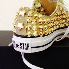 Studded Converse All Star Sneakers. Yeah, I would totally wear these. Converse 2017, Converse All Star, Studded Converse, All Star Shoes, Converse Shoes, Converse Fashion, Studded Sneakers, Converse Gold, Bedazzled Converse