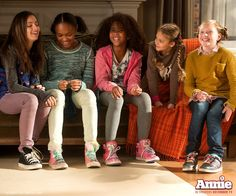 """You're never fully dressed, without a smile!"" - Annie Movie 2014"