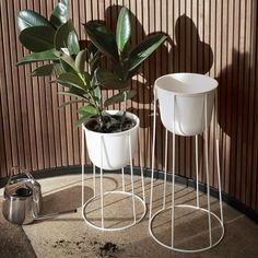 MENU planter with stand