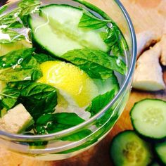 Top 10 Cucumber Water Recipes And BenefitsCucumber Water Benefits Cucumbers are rich in flavonoids (apigenin, quercetin, kaempferol, and luleolin), triterpenes (cucurbitacin A, B, C, and D), lignans (pinoresinol, lariciresinol, and secoisolariciresinol), vitamin K, vitamin C, vitamin B1, beta-carotene, manganese, molybdenum, pantothenic acid, potassium, copper, phosphorus, and biotin.Here's what cucumber water can do for you: Flushes Out Toxins – The high water content in cucumbers helps…