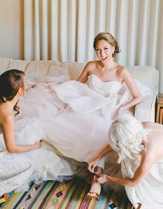 Gotta love those bridesmaids! This unique and beautiful california wedding is a must-see. Flawlessly captured by ART IS FOR LOVERS, every detail of this romantic and rose gold-themed wedding.