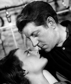 Michèle Morgan and Jean Gabin by Roger Kahan in Le quai des brumes directed by Marcel Carné, 1938
