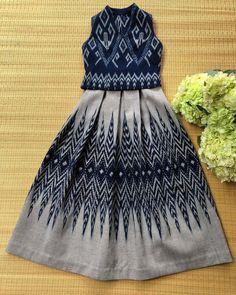 Batik Fashion, Skirt Fashion, Fashion Dresses, Myanmar Traditional Dress, Traditional Dresses, Simple Dresses, Pretty Dresses, Myanmar Dress Design, Baby Frocks Designs