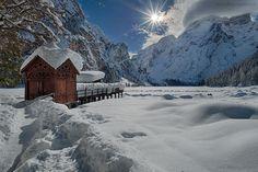 Lago di Braies ghiacciato - Val pusteria, Trentino Alto Adige (Italia)