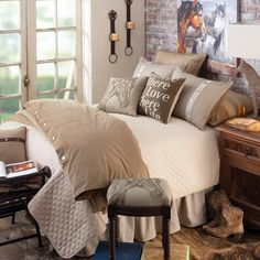 2014 Western Decorating Trends: Hot Colors for Western Homes | Stylish Western Home Decorating