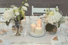 all #white arrangement #weddingin tuscany @violamalva photo by @Jules-Photographer
