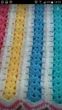 Christmas Crochet Patterns, Granny Square Crochet Pattern, Crochet Blanket Patterns, Crochet Stitches, Knitting Patterns, Easy Crochet Blanket, Crochet For Beginners Blanket, Crochet Mile A Minute, Afghans