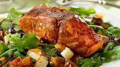 Maple-Balsamic Salmon with Roast Potato & Arugula Salad Salmon Recipes, Fish Recipes, Seafood Recipes, Dinner Recipes, Healthy Recipes, Balsamic Salmon, Maple Balsamic, Salad Dishes, Fish Dishes