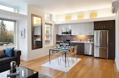 Efficient kitchen layout without island. Like the pantry next to the fridge.