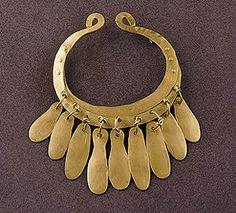 Alexander Calder leslie okkerse: Fashion as Art: Jewelry Modern Jewelry, Metal Jewelry, Jewelry Art, Vintage Jewelry, Jewelry Design, Fashion Jewelry, Unique Jewelry, Silver Jewellery, Alexander Calder