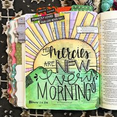 Bible Journaling by Kaylee King @wethreekingsillustrated | WHOA! I love how this page overwhelms me with beauty but I can still read the Word!