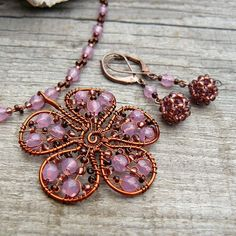 I love the way this pendant comes together in the center.