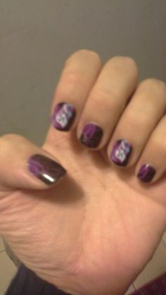 Jamberry allows you to design your own wraps too, tgese were designed by another consultant.  Love tge purple frogs. jamazingjammers.jamberrynails.net