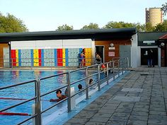 London's Art Deco lidos - bathe like a flapper