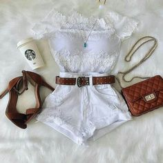 The Starbucks mug makes it! Summer Outfits For Teens, Casual Fall Outfits, Kpop Outfits, Girl Outfits, Fashion Outfits, Cute Fashion, Teen Fashion, Womens Fashion, Feminine Style