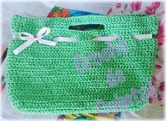 Gostei tanto da minha cestinha de colocar prendedores de roupa... que até fiz uma bolsa igual 😄 . . . #crochedequintal #crochê #crochet #instacroche #crocheteira #crocheteirafeliz #vendo #bolsa #barbante #bolsadebarbante #verde #compredequemfaz #compredopequeno #artesanato #artesã #arteira #valorizeoartesao #valorizeoartesanato #valorizeopequenonegocio #valorizemeutrabalho #euquefiz #euquefaço #Goiânia #Goiás #parquejeriva