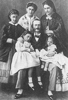 Offenbach and family