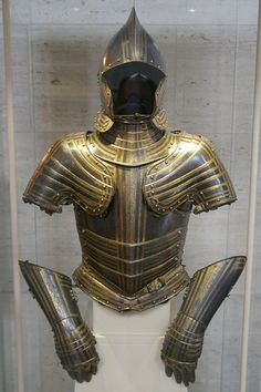 South Germany, Arm protection would have been mail sleeves Types Of Armor, Gold Armor, Ancient Armor, Costume Armour, Renaissance Era, Medieval Weapons, Knight In Shining Armor, Arm Armor, Fantasy Armor