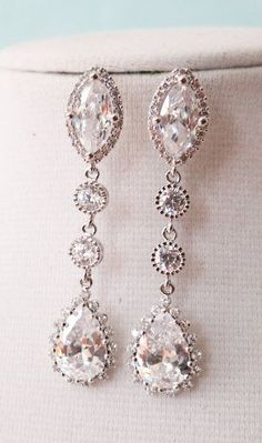 Alcina - Luxe Cubic Zirconia Navette Teardrop dangle Earrings