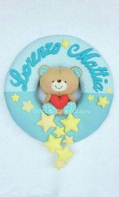Baby Crafts, Felt Crafts, Diy And Crafts, Felt Name Banner, Name Banners, Baby Corner, Felt Wreath, Baby Box, Felt Baby