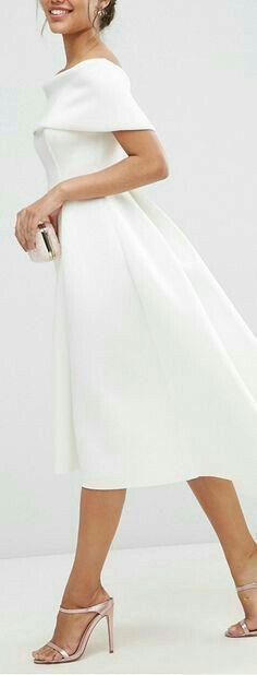 bardot midi dress More I love the tailored look of this dress. Modest Wedding Dresses, Trendy Dresses, Elegant Dresses, Vintage Dresses, Beautiful Dresses, Nice Dresses, Casual Dresses, Short Dresses, Dress Wedding