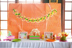 Dinosaur Themed Party (Girl) decor and details